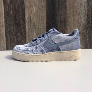 NEW Nike Air Force LV8